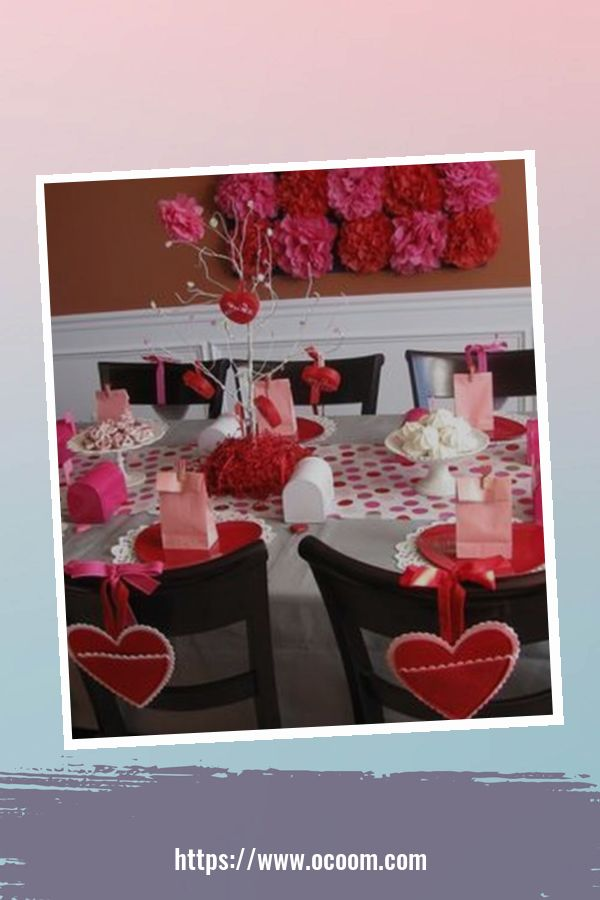 20+ Fabulous Red Home Decor Ideas For Valentines Day 12