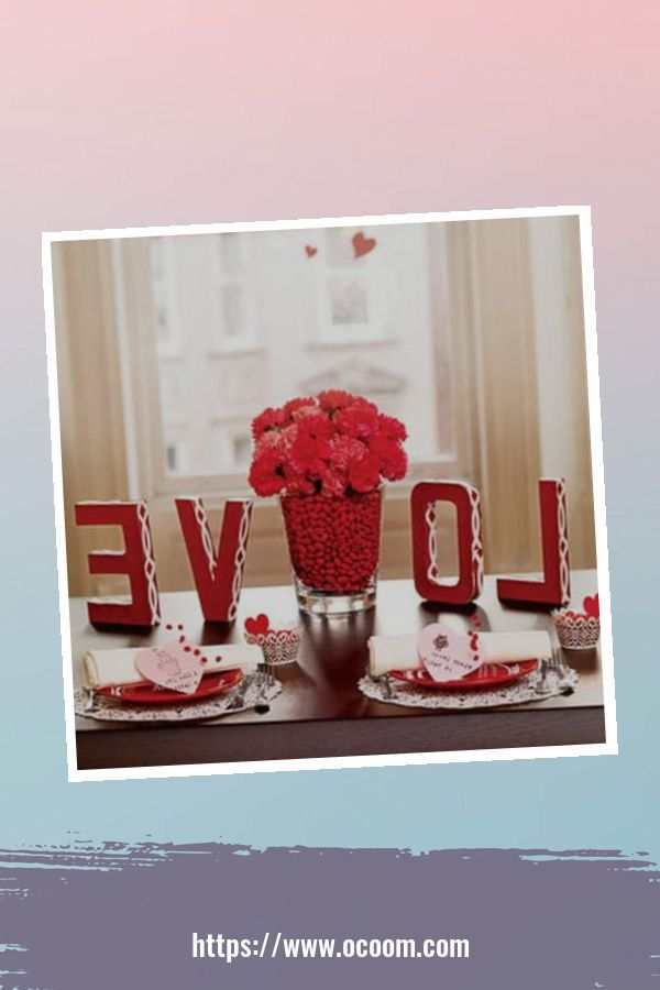 20+ Fabulous Red Home Decor Ideas For Valentines Day 44