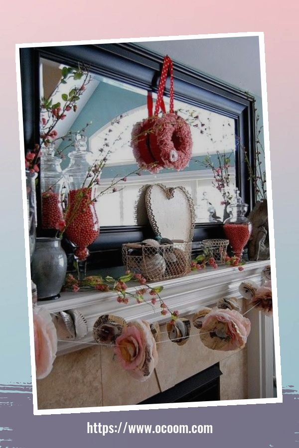 20+ Fabulous Red Home Decor Ideas For Valentines Day 45