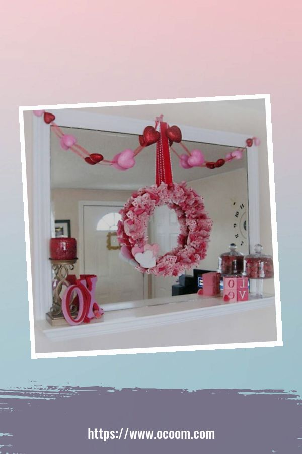 20+ Fabulous Red Home Decor Ideas For Valentines Day 50