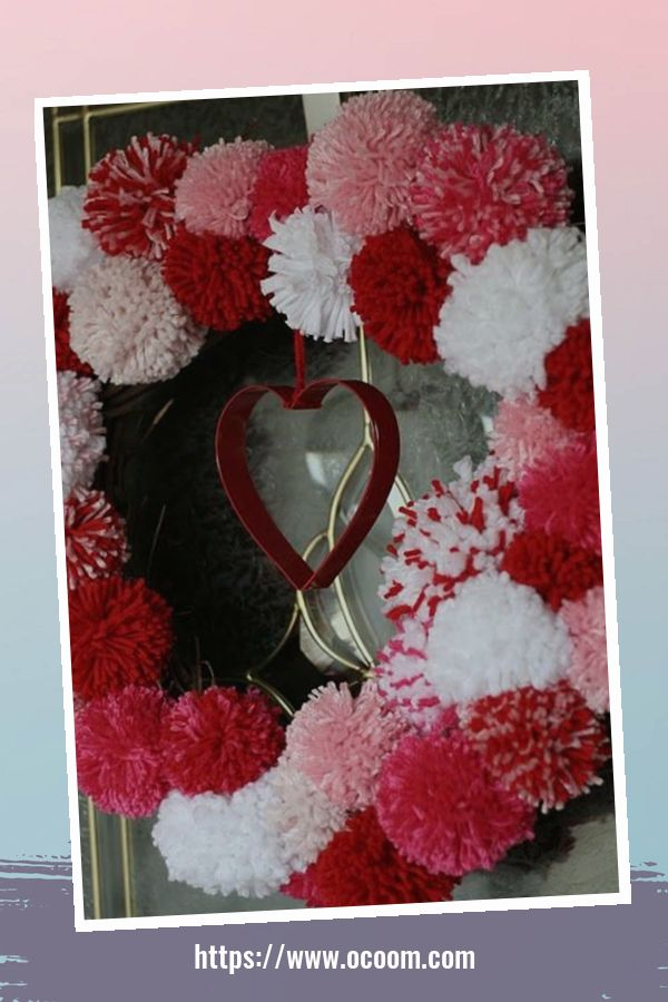 20+ Fabulous Red Home Decor Ideas For Valentines Day 9