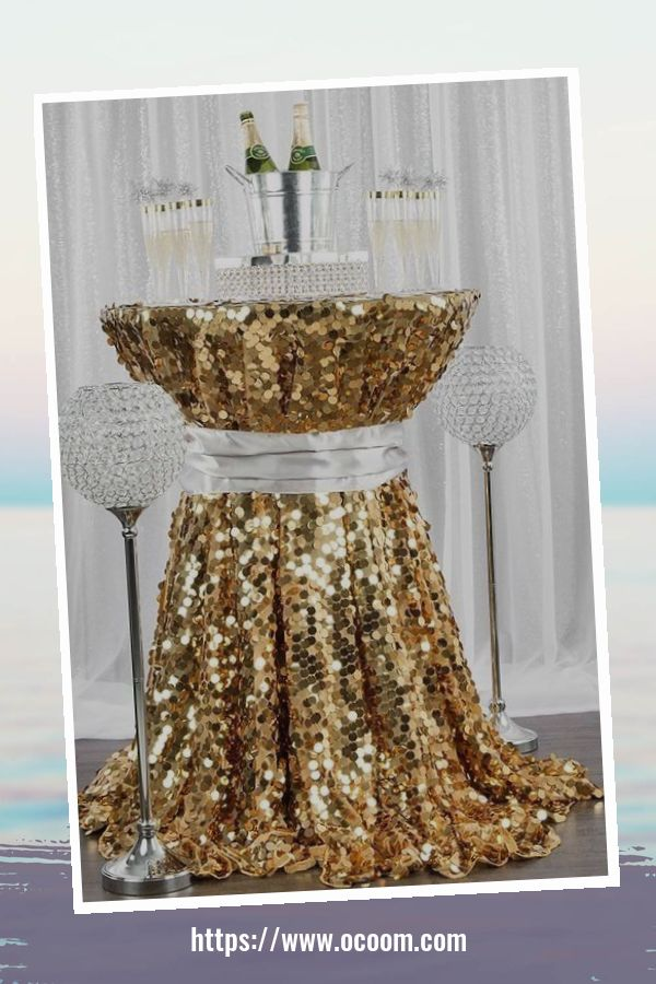 20+ Sparkling New Year's Eve Party Table Decoration Ideas 16