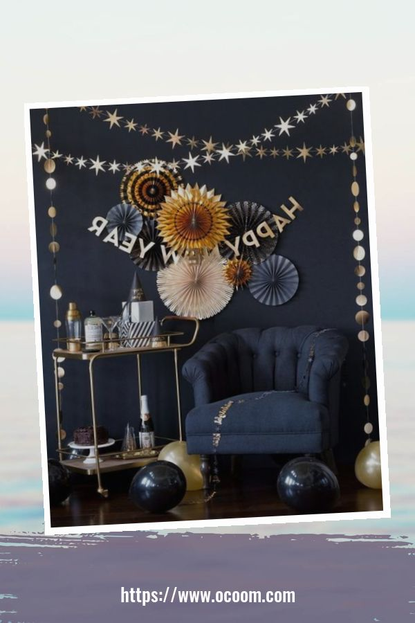 20+ Sparkling New Year's Eve Party Table Decoration Ideas 35