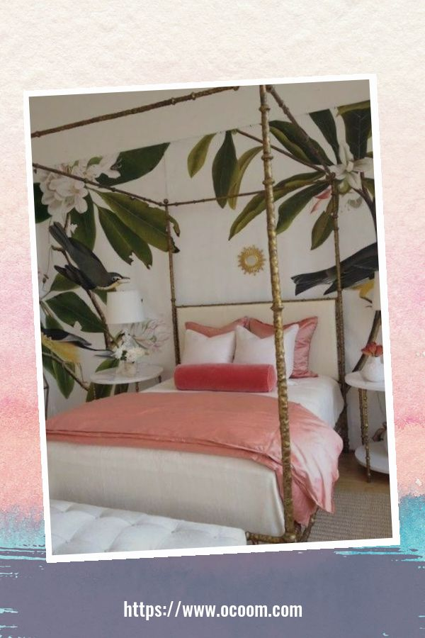 20+ Unique Red And Pink Bedroom Decor For Valentines Day 32