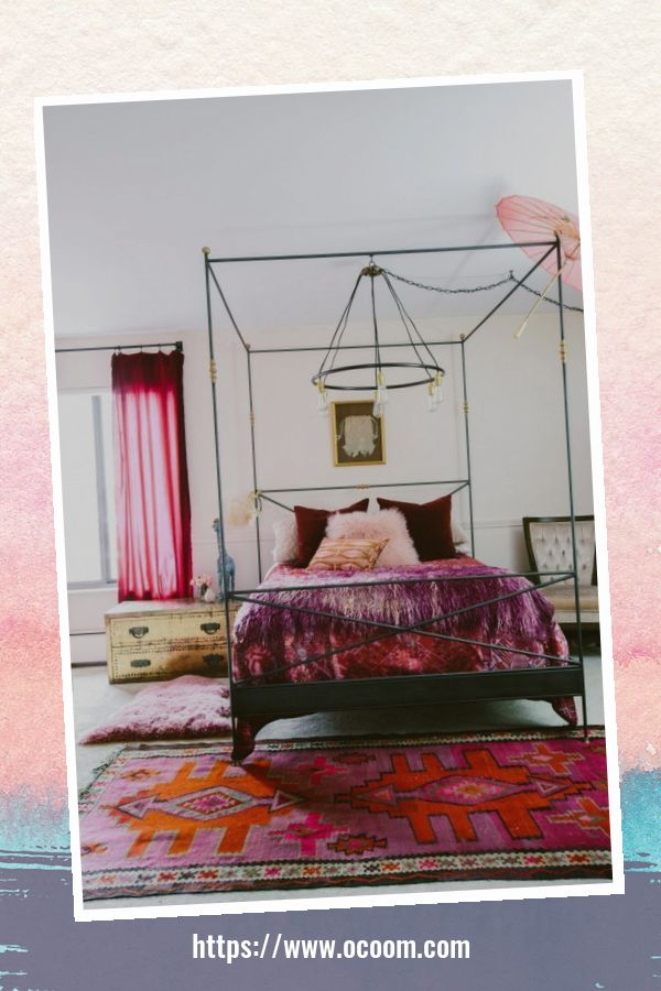 20+ Unique Red And Pink Bedroom Decor For Valentines Day 43