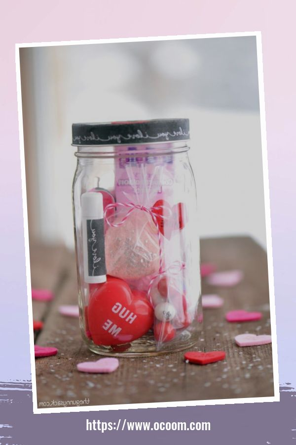 30+ Cute Valentines Day Mason Jars Decoration Ideas 29