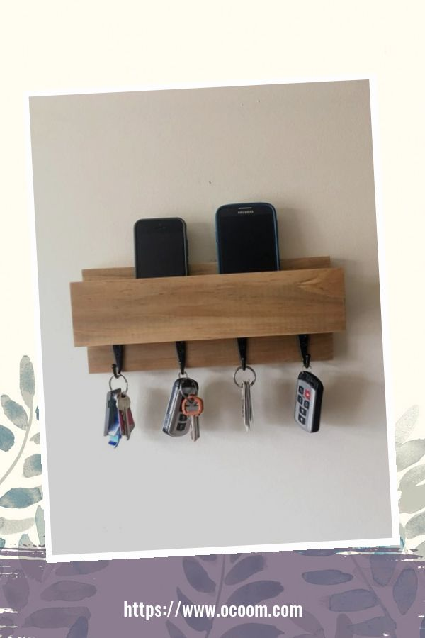 30+ Easy And Simple Key Organizer Ideas You Can Make From Wood 21