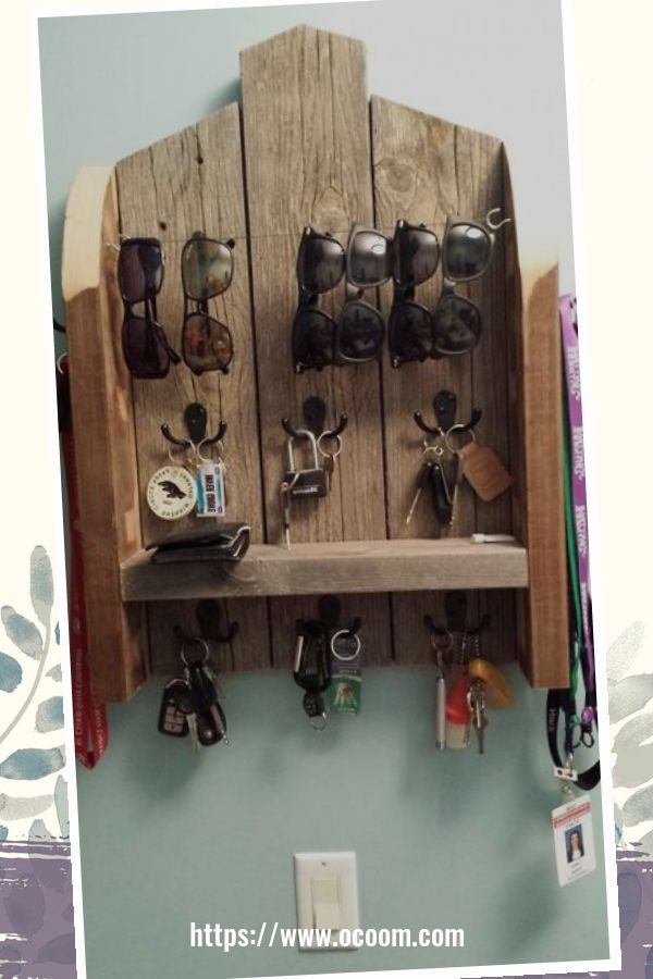 30+ Easy And Simple Key Organizer Ideas You Can Make From Wood 36