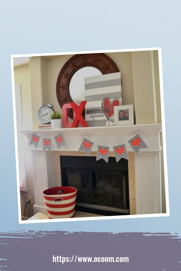 30+ Elegant Valentines Day Mantel Inspiration Ideas 18