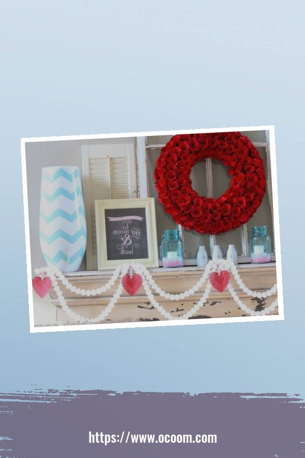 30+ Elegant Valentines Day Mantel Inspiration Ideas 28