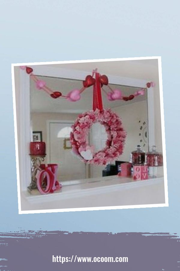 30+ Elegant Valentines Day Mantel Inspiration Ideas 3