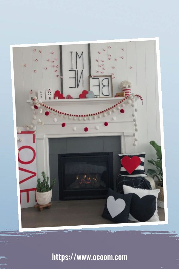 30+ Elegant Valentines Day Mantel Inspiration Ideas 30