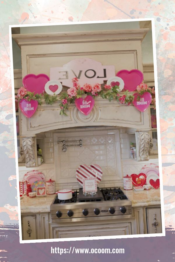 30+ Fantastic Valentines Day Decor Ideas For Your Kitchen 14