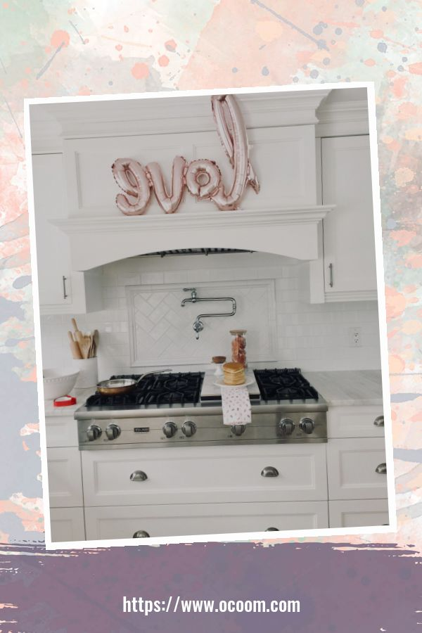 30+ Fantastic Valentines Day Decor Ideas For Your Kitchen 16
