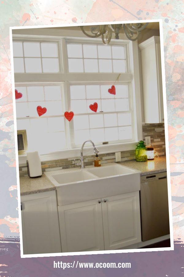 30+ Fantastic Valentines Day Decor Ideas For Your Kitchen 47