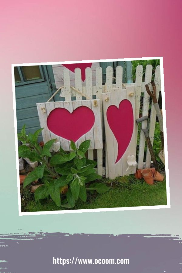 30+ Stunning Outdoor Decoration Ideas For Valentines Day 1