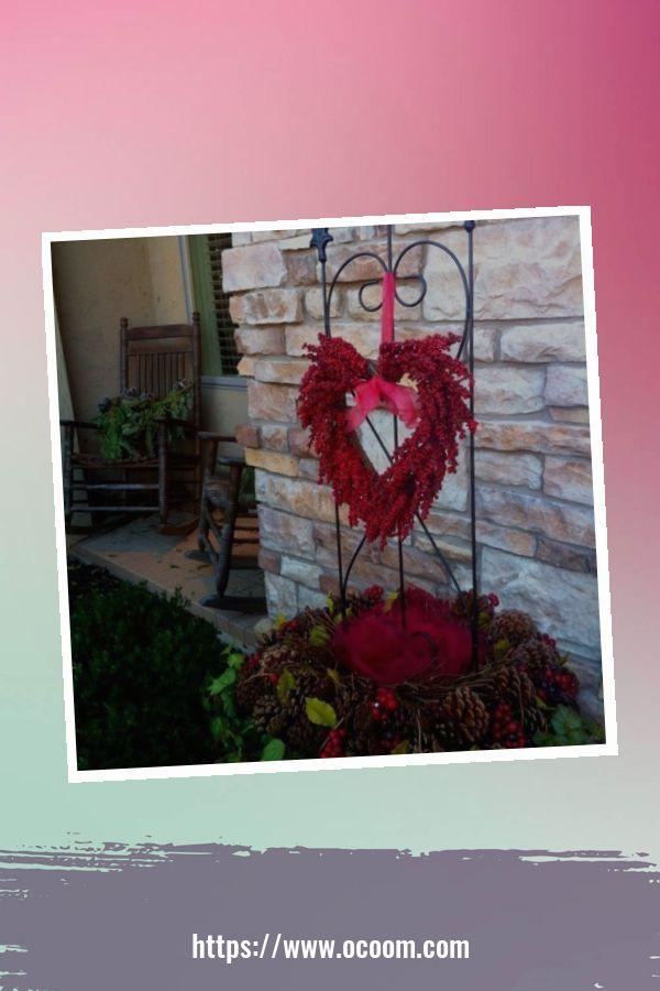 30+ Stunning Outdoor Decoration Ideas For Valentines Day 41