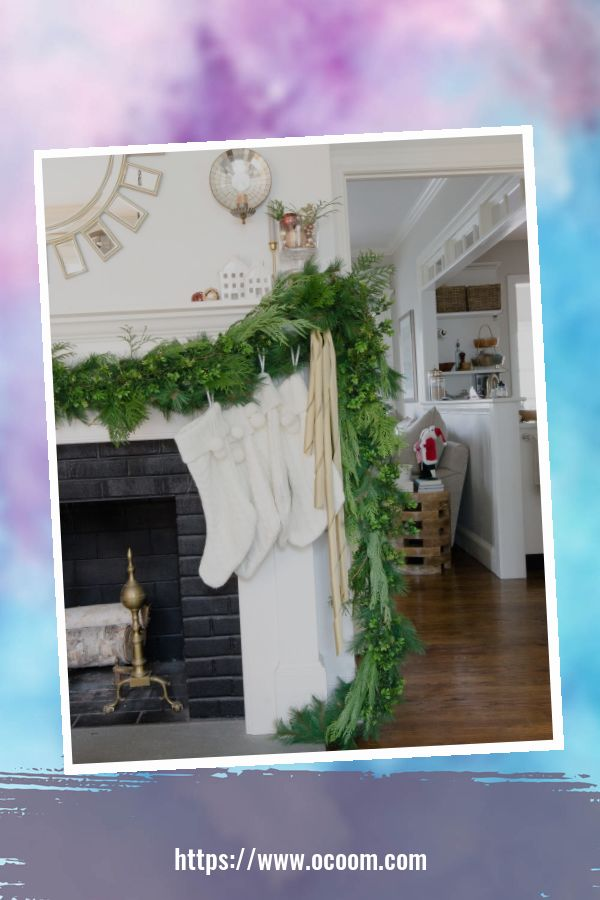 41 Magnificient Christmas Decoration Ideas With White Vintage 16