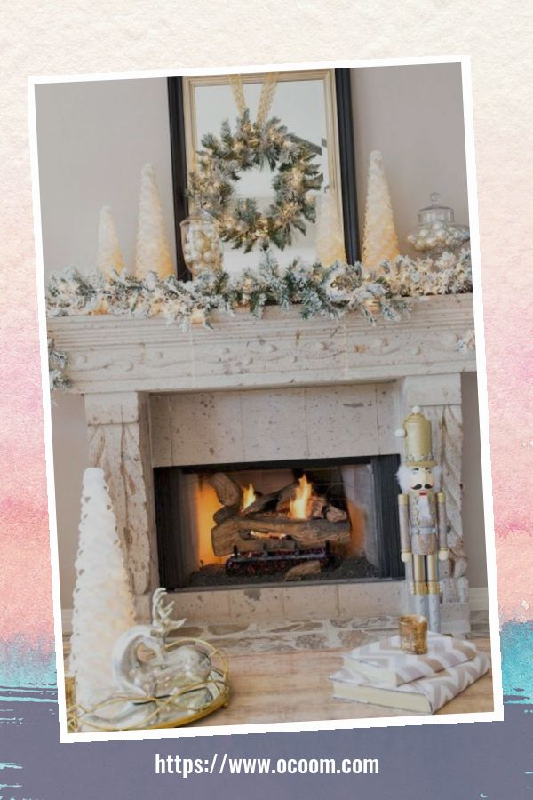 42 Gorgeous Christmas Fireplace Decor Ideas 3