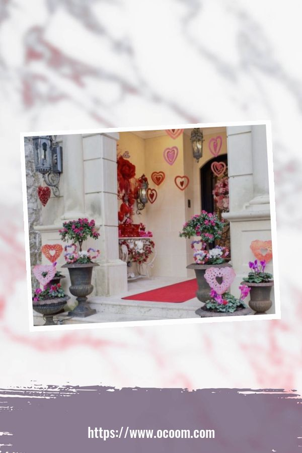 43 Best Ideas To Decorate Your Porch For Valentines Day 17