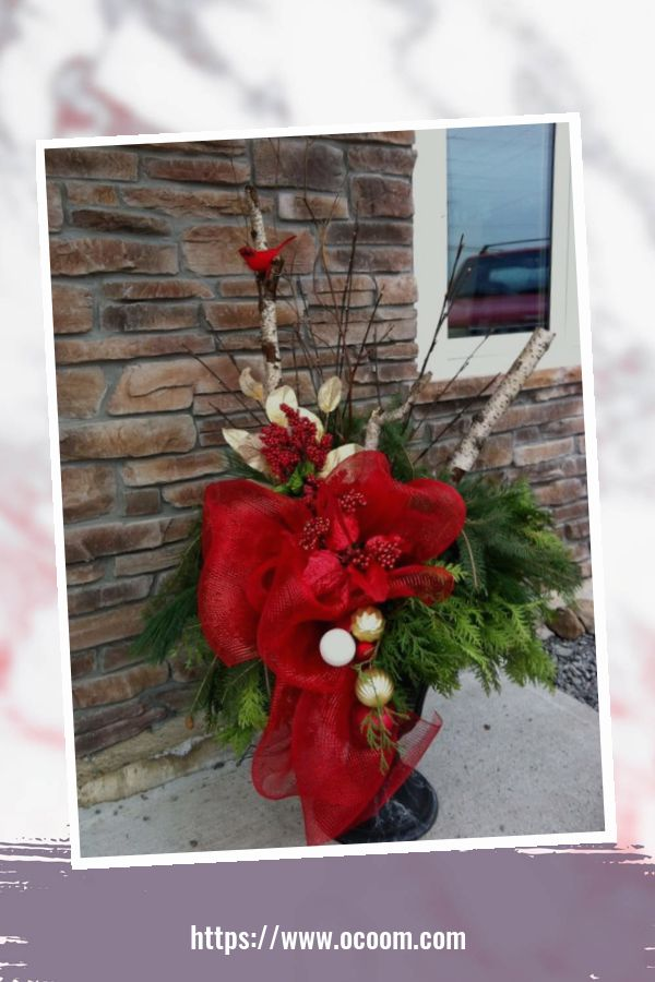 43 Best Ideas To Decorate Your Porch For Valentines Day 19