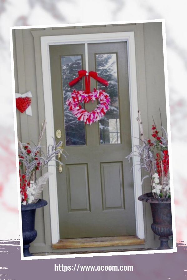 43 Best Ideas To Decorate Your Porch For Valentines Day 3