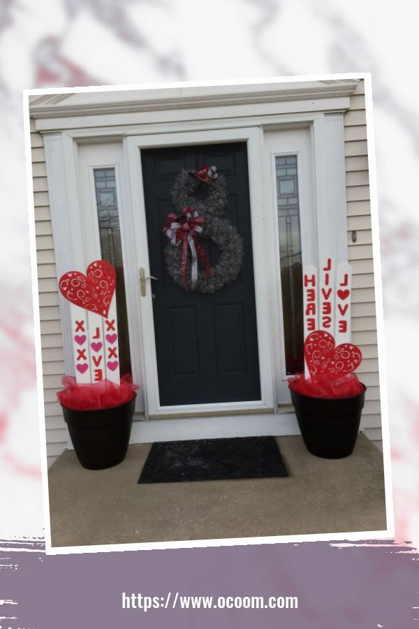 43 Best Ideas To Decorate Your Porch For Valentines Day 6