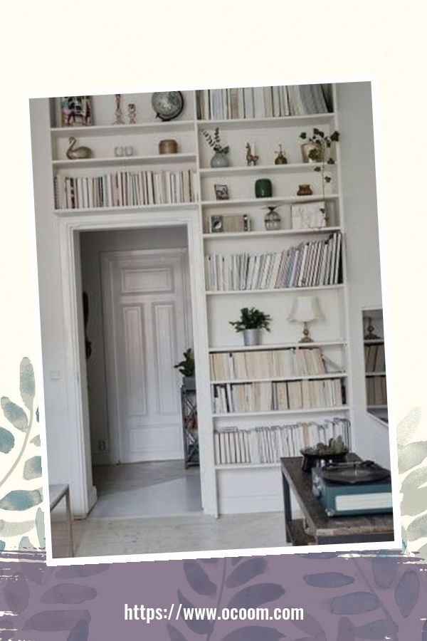 44 Cool Minimalist Bookshelf Decorating Ideas To Perfect Your Interior Design 36