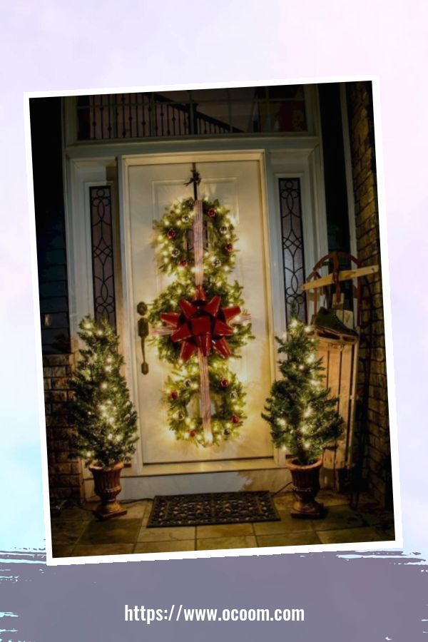 45 Perfect Christmas Porch Decoration Ideas 21