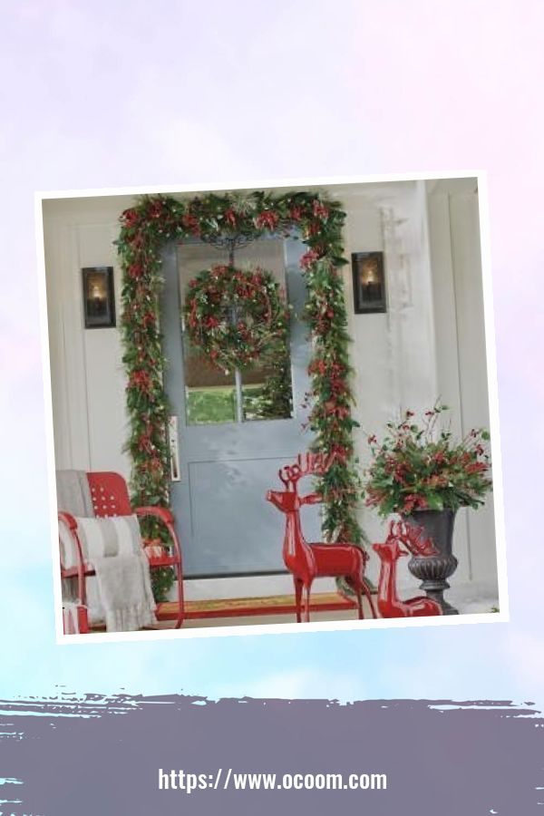 45 Perfect Christmas Porch Decoration Ideas 3