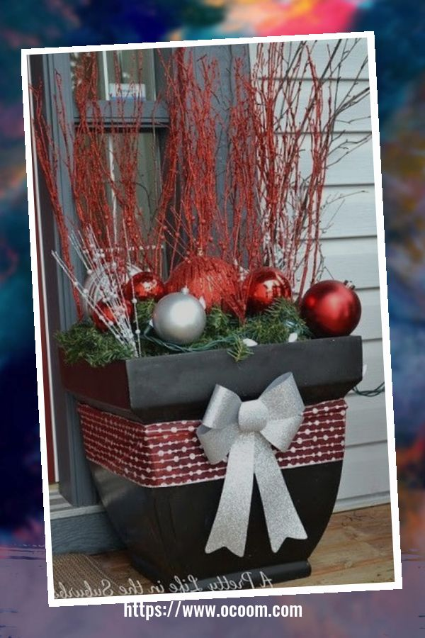 48 Amazing Outdoor Christmas Decor Ideas 19