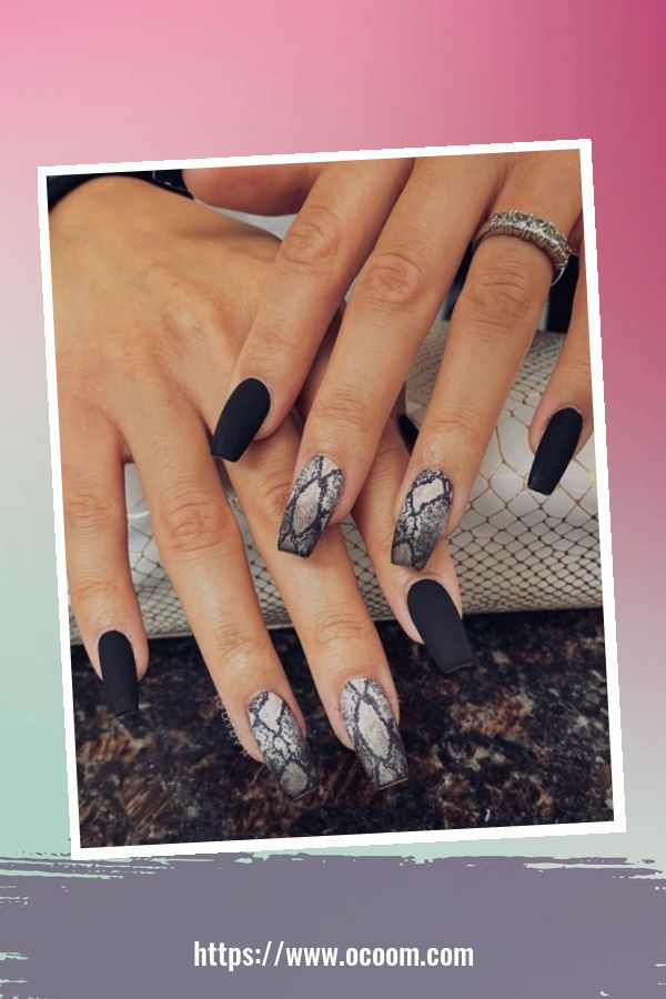 50 Superb Black Nail Art Designs Ideas That You Must Try 24