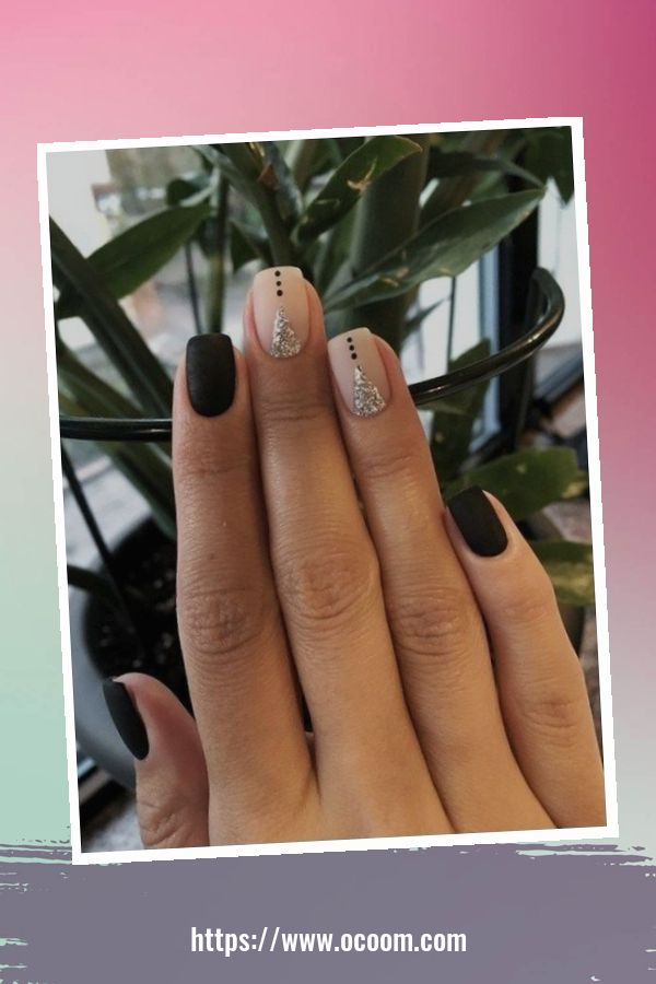50 Superb Black Nail Art Designs Ideas That You Must Try 35