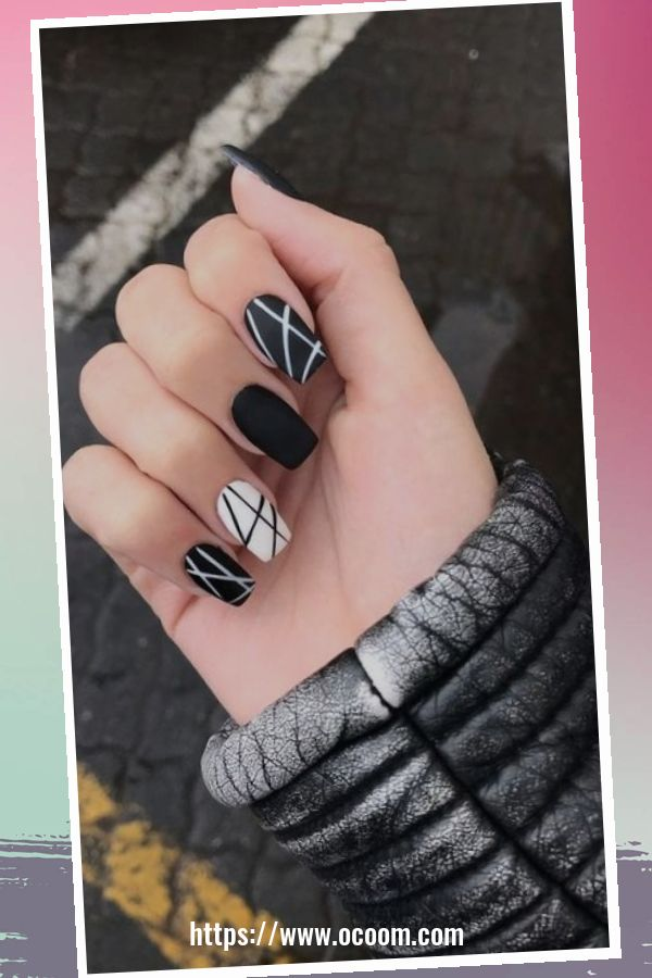 50 Superb Black Nail Art Designs Ideas That You Must Try 37