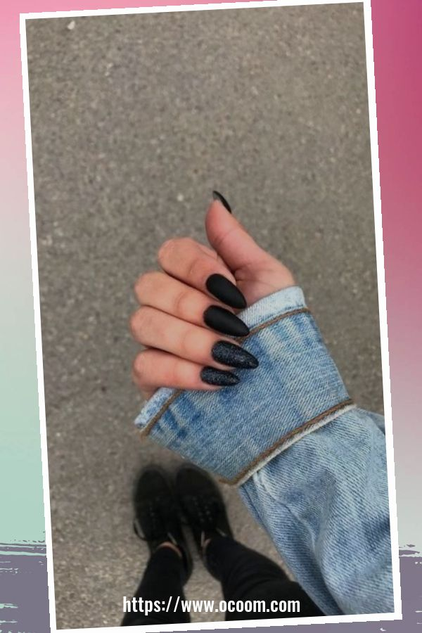 50 Superb Black Nail Art Designs Ideas That You Must Try 4