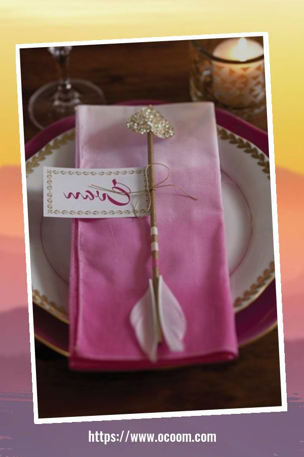 51 Elegant Table Settings Ideas For Valentines Day 26