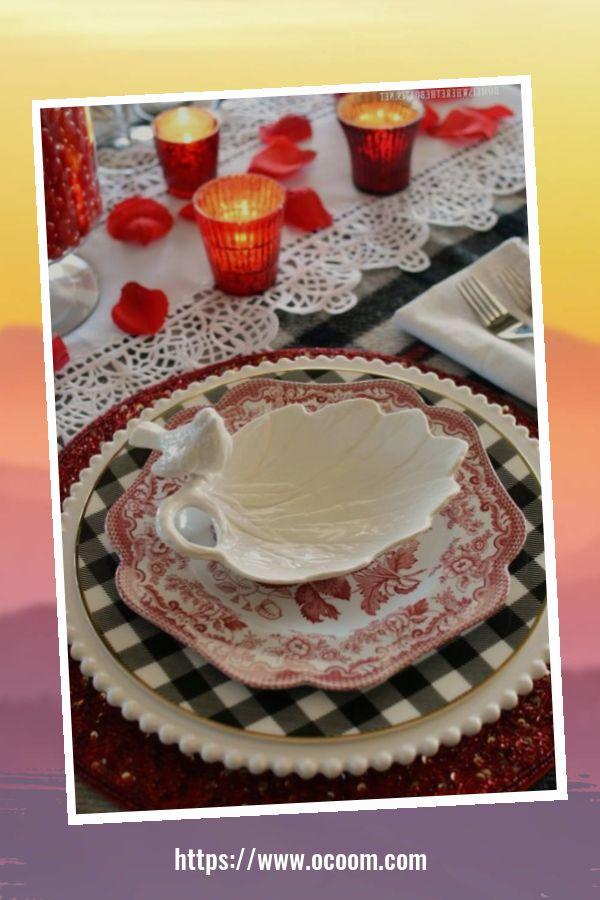 51 Elegant Table Settings Ideas For Valentines Day 27